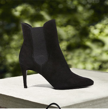 Suede stiletto bootie with elasticized gores
